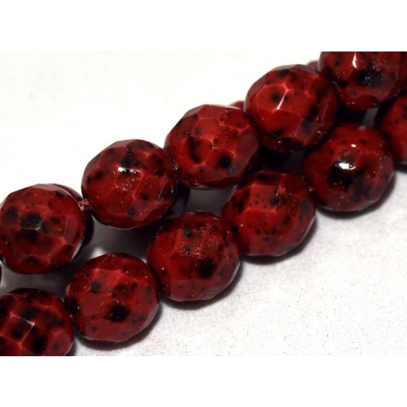Cseh csiszolt gyöngy. 8mm. Piros, foltos. 20db/csomag.