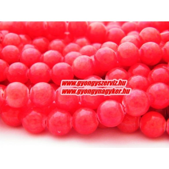 Jade ásványgyöngy. 6mm. Piros. 1 szál, kb. 40cm.