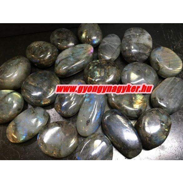 Labradorit ásvány marokkő. 100 gramm/csomag.