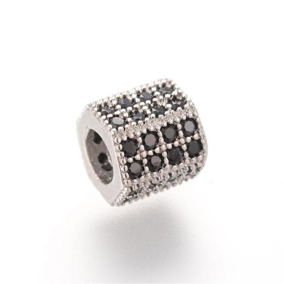 Cirkon kristályos, hexagon köztes gyöngy. 7.1x7.3mm. Platina szín, fekete kristály.