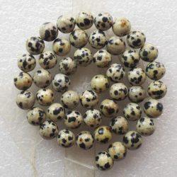 Ásványgyöngy, féldrágakő gyöngy. Dalmatínerkő. 10mm.  1 szál (kb. 40cm).