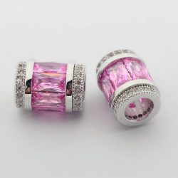 Cirkon kristályos cső köztes. Pink.